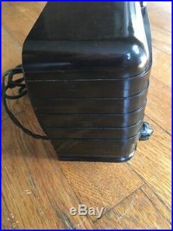 Vintage Art Deco 1940s Emerson Emersonette 540A Midget Brown Bakelite Tube Radio