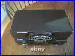 Vintage Bakelite Zenith Tone Register Tube Radio Model 7H820Z Partially Restored