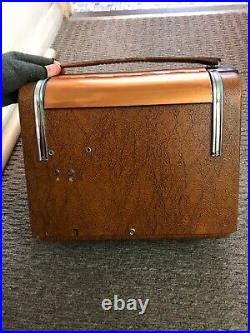 Vintage Breville model 857A Valve tube portable Radio Rare 1950's