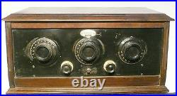 Vintage FEDERAL ORTHO-SONIC RADIO MODEL A-10 UNTESTED with ALL 5 TUBES
