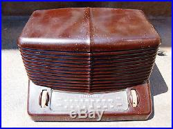 Vintage Firestone 4-A-12 Narrator Am/Fm Bakelite Radio