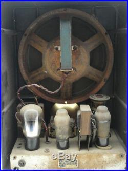 Vintage GERMAN WW2 TUBE RADIO VE 301 Wn Volksempfänger Deutscher Bakelite WWII