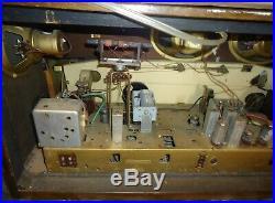 Vintage Grundig Majestic Table Top Tube Radio Model 4090