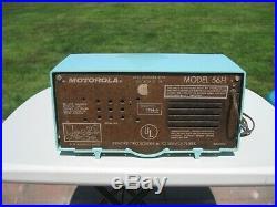Vintage Motorola 56H Plaskon tube radio. TURQUOISE, MINT, WORKS. Not Bakelite