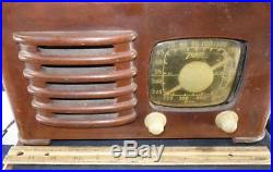 Vintage Old Zenith Wood Cabinet Toaster Style Tube Radio 6D525