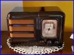 Vintage Philco AM/SW Bakelite Tube Radio 38-14 (1938) COMPLETELY RESTORED