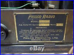 Vintage Philco Model 20 Cathedral Radio 1930's Working Looks Great