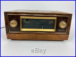 Vintage The Fisher FM-40 Tube Radio Receiver Cabinet Powers On For Parts