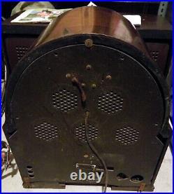 Vintage antica Radio d'epoca cattedrale valvole Philips 634A art deco 1933 tube