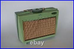 Vtg 1950's WESTINGHOUSE H557P4 Portable AM TUBE RADIO