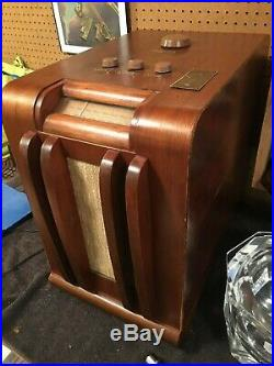 Vtg Antique 1940's Hotel Radio Corp Chair Side Coin Operated Tube Model 6A Nice