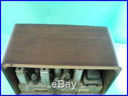 Vtg RCA Machine Age Radio Art Deco Dark Wood Cabinet Table Top Ornate RARE