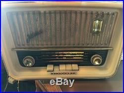 WORKING Vintage Telefunken Jubilate 5161W Tabletop AM/FM/SW Tube Radio
