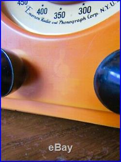 Works! Vtg Emerson Catalin Bakelite Antique Tube Radio, Amber / Butterscotch